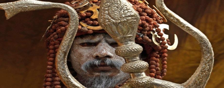 """""""kumbha mela"""" नागा साधुओं की रहस्यमयी दुनिया, जिंदा रहते ही खुद का कर देते हैं पिंडदान"""