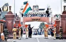 रिट्रीट सेरेमनी, भारत पाक सीमा पर हिलोरे लेता देशभक्ति का जज्बा
