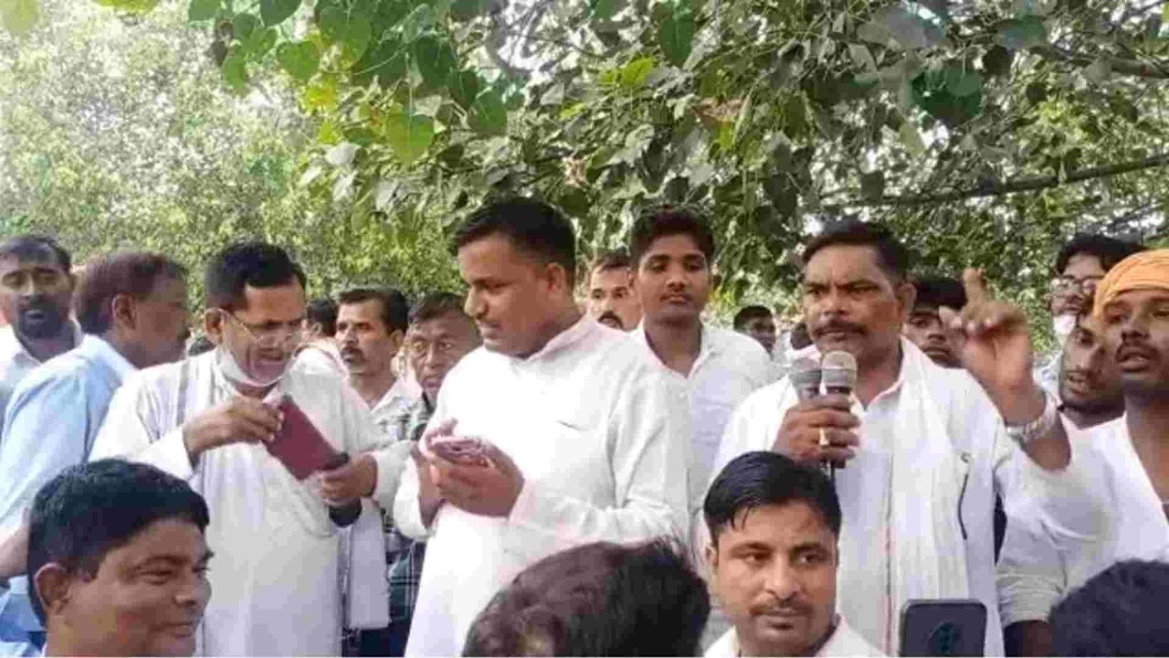 ग्रह मंत्री राजनाथ सिंह जी ने संविदा बिजली कर्मचारियों से वादा कर के भूल गए सरकार बनने पर सबको विभागि कर दिया जाएगा