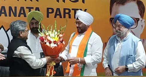 पंजाब में हिली कांग्रेस, पूर्व राष्ट्रपति ज्ञानी जैले सिंह के इंद्रजीत सिंह भाजपा में शामिल